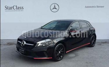 foto Mercedes Benz Clase A 200 CGI Sport Aut usado (2016) color Negro precio $314,900