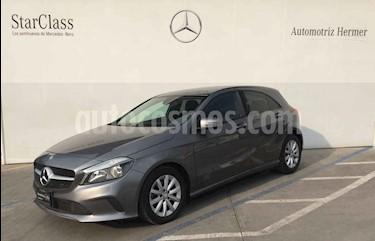 foto Mercedes Benz Clase A 200 CGI Sport Aut usado (2016) color Gris precio $279,900
