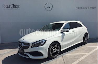 Foto Mercedes Benz Clase A 200 CGI Sport Aut usado (2018) color Blanco precio $474,900