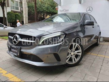 Foto Mercedes Benz Clase A 200 CGI Urban Aut usado (2017) color Gris precio $355,000