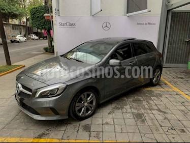 Foto Mercedes Benz Clase A 200 CGI Urban Aut usado (2016) color Gris precio $365,000