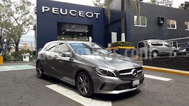 foto Mercedes Benz Clase A 200 Sport usado (2017) color Gris Magnesio precio $388,900