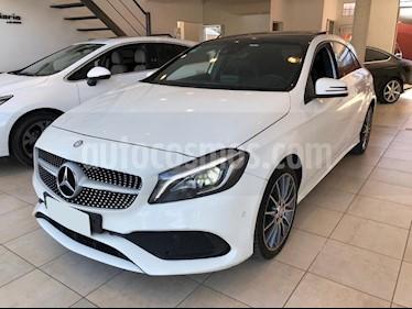Foto venta Auto usado Mercedes Benz Clase A 250 AMG-Line Aut (2017) color Blanco precio $1.690.000