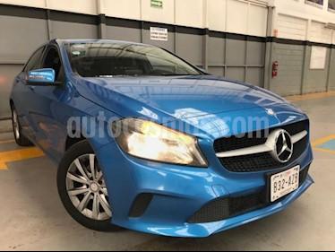 Foto Mercedes Benz Clase A 5p 200 Style L4/1.6 Aut usado (2017) color Azul precio $350,000