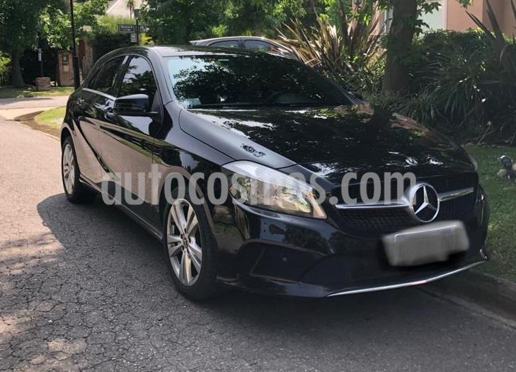 Mercedes Clase A 200 Urban Aut usado (2018) color Negro precio u$s24.900
