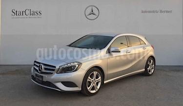 Mercedes Benz Clase A 5p 200 CGI L4/1.6/T Aut usado (2016) color Plata precio $299,900