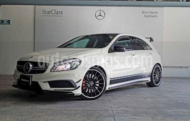 Mercedes Benz Clase A 5p 45 AMG L4/2.0/T Aut usado (2015) color Blanco precio $520,200
