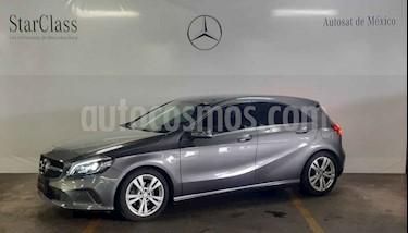 Mercedes Benz Clase A 5p 200 Urban L4/1.6 Aut  usado (2017) color Gris precio $369,000