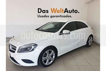 Foto Mercedes Benz Clase A 200 CGI Aut usado (2016) color Blanco precio $279,995