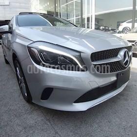 Mercedes Benz Clase A 200 Style usado (2018) color Plata precio $398,000