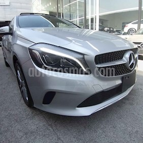 Foto Mercedes Benz Clase A 200 Style usado (2018) color Plata precio $398,000