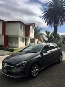 Mercedes Benz Clase A 200 CGI Urban Aut usado (2016) color Gris Montana precio $259,900
