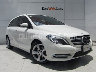 foto Mercedes Benz Clase B 180 CGI Exclusive usado (2014) color Blanco Cirro precio $215,000