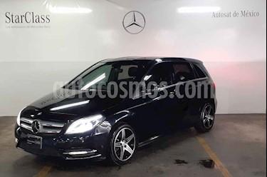 Foto Mercedes Benz Clase B 180 CGI Exclusive usado (2014) color Negro precio $239,000