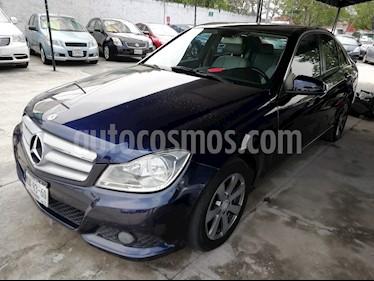 Foto Mercedes Benz Clase C 180 Aut usado (2012) color Azul Oscuro precio $179,000