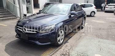 Foto venta Auto usado Mercedes Benz Clase C 180 CGI Aut (2017) color Azul Oscuro precio $340,000