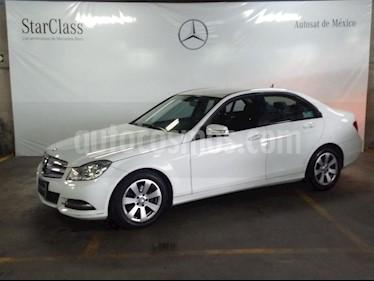 Foto venta Auto usado Mercedes Benz Clase C 180 CGI Aut (2013) color Blanco precio $239,000