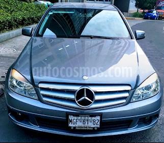 Foto venta Auto usado Mercedes Benz Clase C 180 CGI Aut (2011) color Gris precio $185,000