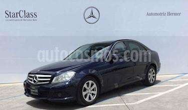 Foto venta Auto usado Mercedes Benz Clase C 180 CGI Aut (2013) color Azul precio $219,900