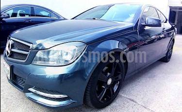Foto venta Auto usado Mercedes Benz Clase C 180 CGI Aut (2013) color Gris precio $215,000