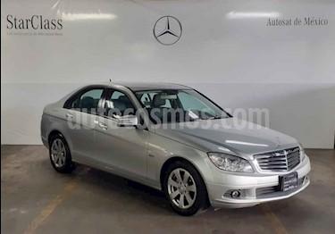 Foto venta Auto usado Mercedes Benz Clase C 180 CGI Aut (2011) color Plata precio $189,000
