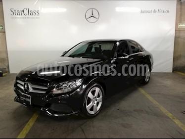 Foto venta Auto Seminuevo Mercedes Benz Clase C 180 CGI Aut (2015) color Negro precio $339,000