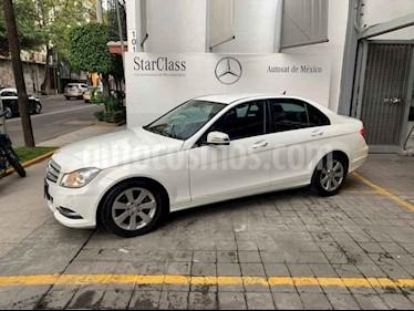 Mercedes Benz Clase C 180 CGI Aut usado (2013) color Blanco precio $215,000