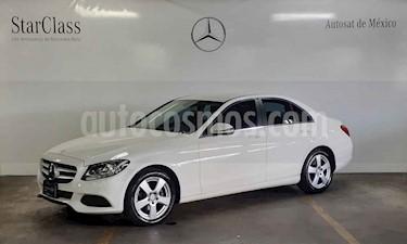 Foto Mercedes Benz Clase C 180 CGI usado (2017) color Blanco precio $389,000