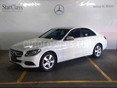 Foto Mercedes Benz Clase C 180 CGI usado (2017) color Blanco precio $379,000