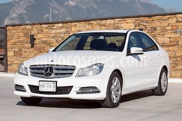 Foto venta Auto usado Mercedes Benz Clase C 180 CGI (2013) color Blanco precio $219,000