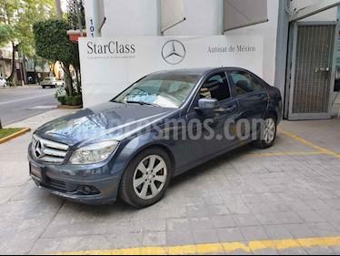 Foto venta Auto usado Mercedes Benz Clase C 200 Aut (2010) color Gris precio $173,000