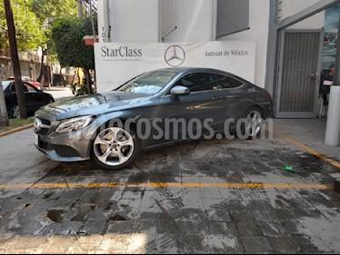 Foto venta Auto usado Mercedes Benz Clase C 200 CGI Coupe Aut (2017) color Gris precio $498,900
