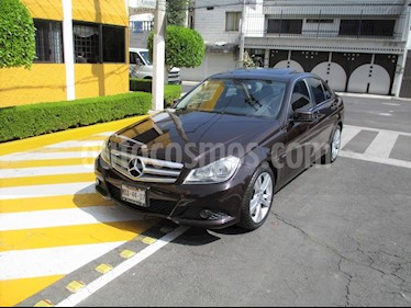 Foto Mercedes Benz Clase C 200 CGI Exclusive Aut usado (2012) color Marron precio $189,900