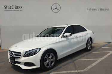 Foto venta Auto usado Mercedes Benz Clase C 200 CGI Exclusive (2016) color Blanco precio $374,900
