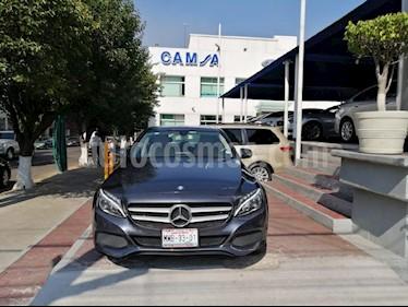 Foto venta Auto Seminuevo Mercedes Benz Clase C 200 CGI Exclusive (2016) color Gris precio $374,900