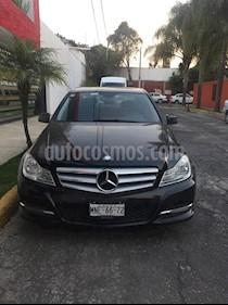 Foto venta Auto Seminuevo Mercedes Benz Clase C 200 CGI Exclusive (2013) color Negro precio $225,000