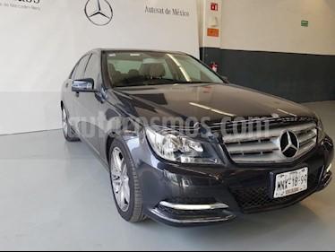 Foto venta Auto Seminuevo Mercedes Benz Clase C 200 CGI Sport Aut (2013) color Negro precio $205,000