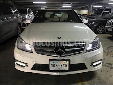 Foto venta Auto usado Mercedes Benz Clase C 250 CGI Sport Aut (2012) color Blanco precio $229,000