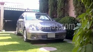 Foto Mercedes Benz Clase C 280 Elegance V6 Aut usado (2006) color Champagne precio $138,000