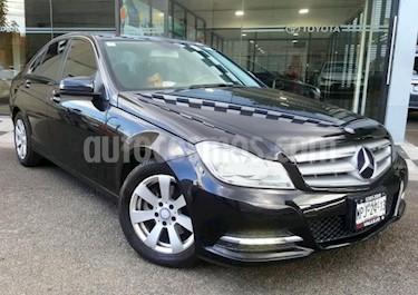 foto Mercedes Benz Clase C 4p C 180 L4/1.6/T Aut usado (2013) color Negro precio $218,000