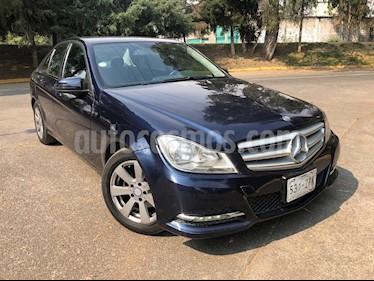 Foto venta Auto Seminuevo Mercedes Benz Clase C 4p C 63 AMG V8/6.3 Aut (2014) color Azul Marino precio $260,000