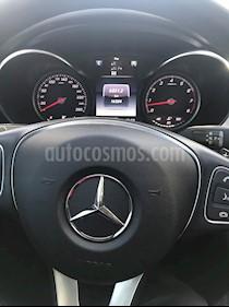 Mercedes Benz Clase C C200 Avantgarde Aut usado (2017) color Azul Brillante precio u$s38.000