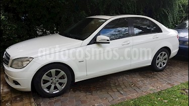 Foto Mercedes Benz Clase C C200 CGI Blue Efficiency 1.8L Aut usado (2010) color Blanco precio u$s18.700
