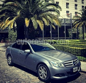 Foto venta Auto usado Mercedes Benz Clase C C200 CGI Blue Efficiency 1.8L (2012) color Gris precio $660.000