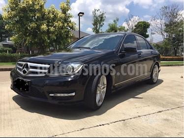 Foto venta Auto usado Mercedes Benz Clase C C250 CGI Blue Efficiency 1.8L Aut (2013) color Gris Tenorita precio u$s21.000