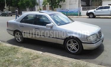 Mercedes Benz Clase C C280 Elegance Aut usado (1998) color Plata Cubanita precio $380.000