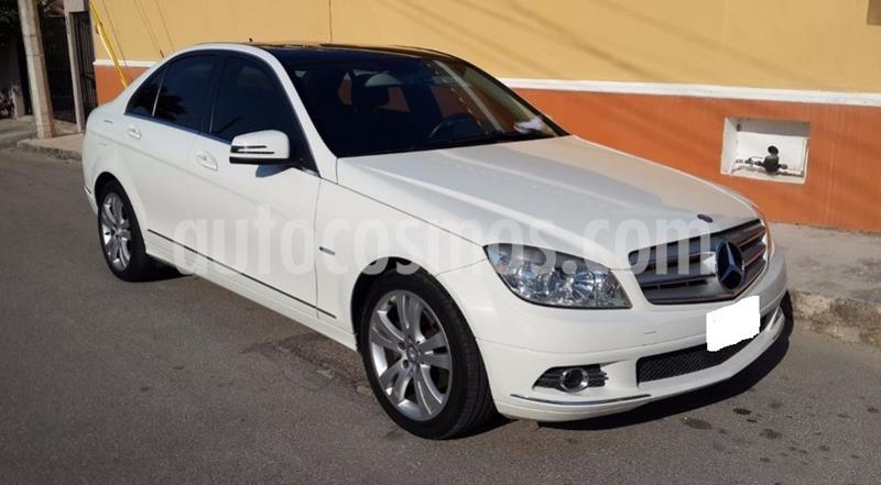 Mercedes Benz Clase C CGI Aut usado (2011) color Blanco precio $40.000.000