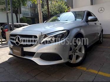 Mercedes Benz Clase C 180 Aut usado (2018) color Plata precio $410,000