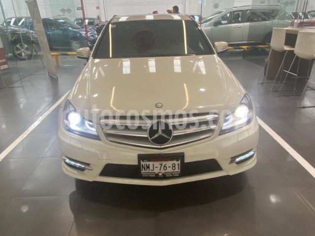 Mercedes Benz Clase C 4P C 250 SPORT L4/1.8 AUT usado (2012) color Blanco precio $239,900