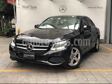 Mercedes Benz Clase C 4p C 180 L4/1.6/T Aut usado (2017) color Negro precio $340,000
